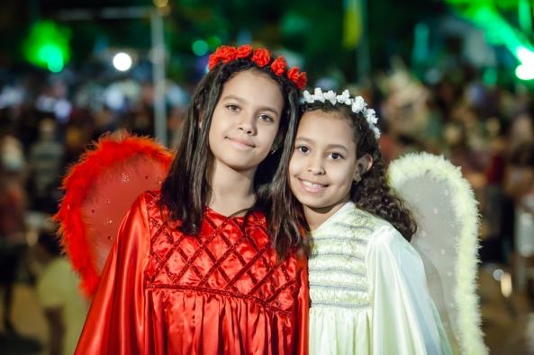 Bruninha e Larissa.