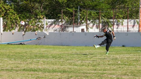 Gu, goleiro da Seleção de Uruçuca.